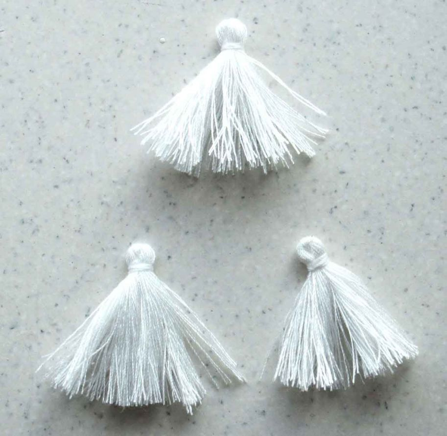 Thread Tassel - White - 3cm